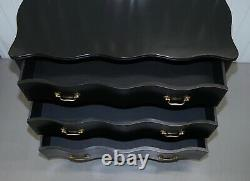Rrp £2999 Eichholtz Ebonised Black Serpentine Fronted Chest Of Drawers